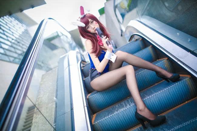 福利黑丝长腿性感小姐姐,守望先锋兔女郎D.VACOSPLAY图片