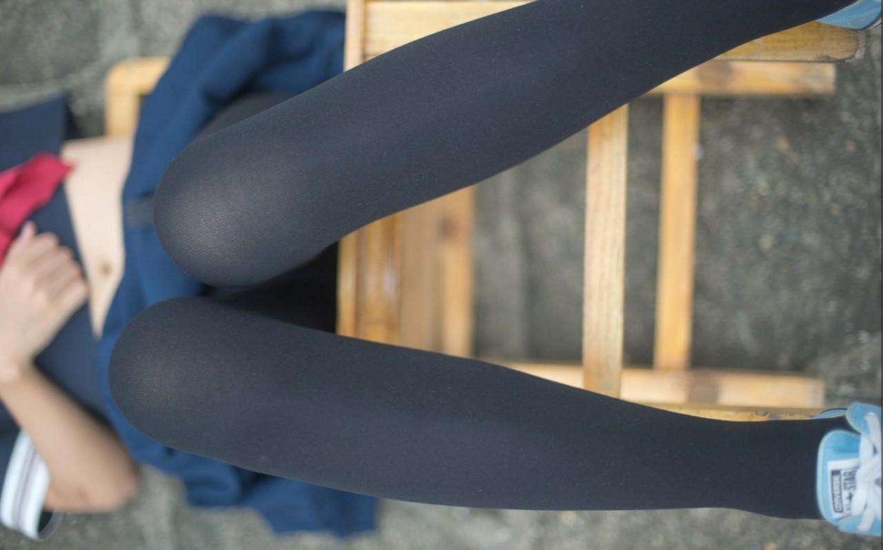 福利少女领域性感美腿绝对领域黑丝白丝Cosplay图片合集