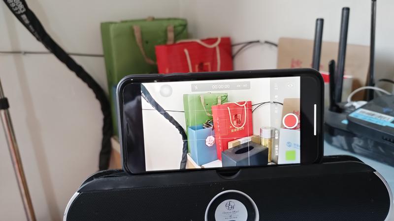 抖音超火透明手机教程_如何制作透明手机视频教程_限苹果手机
